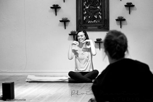 2016-12-09-yoga-treats-306-pm